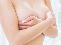 ジェル状注入物(ヒアルロン酸、アクアフィリング)豊胸の危険性について
